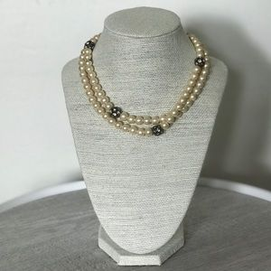 Jewelry - Pearl Crystal Necklace